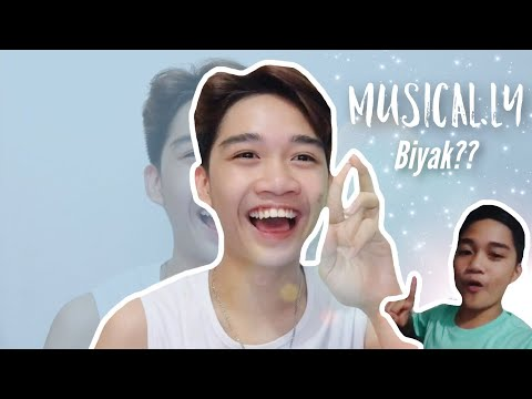 Reacting to My Old Musical.ly | Marcus Chleone