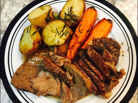 Roast Beef Sirloin with Roasted Potatoes and Carrots
