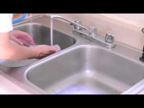How to Clean your Sink using Baking Soda and Vinegar