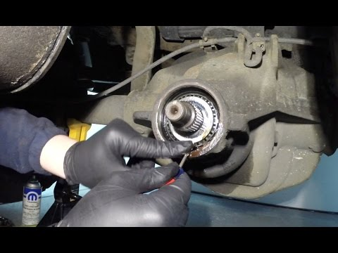 Ford & Dana Axles Pinion Seal Replacement: Tricks of the Trade