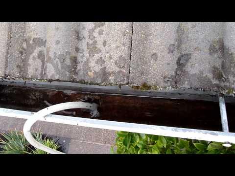 The FASTEST Way To Unclog A Gutter | www.Portlandguttercleaning.com