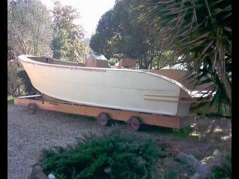 Barca Autocostruita C21.wmv
