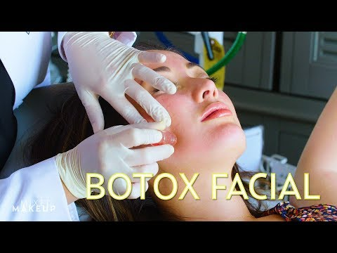 We Got A Botox Facial to Shrink Pores! (Microinfusion) | The SASS with Susan and Sharzad