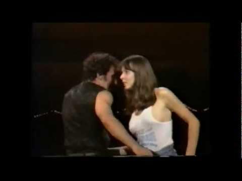 Dancing in the dark ( 88 live ) bruce springsteen