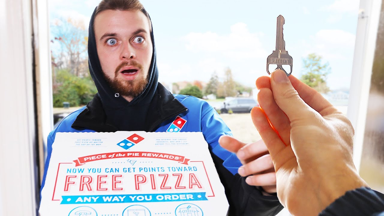 I Ordered Pizza And Tipped The House