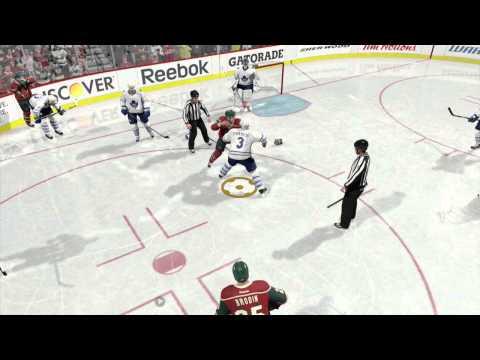 NHL 15 Weird fighting Glitch (Minor Glitch)