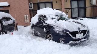 Mazda 3 awd in snow
