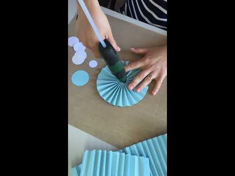 How to make a paper fan / DIY paper fan / DIY paper rosette / paper pinwheel DIY