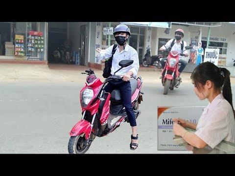 Xxx Mp4 Chủ Tịch Giả Vờ Mua Thuốc Tránh Thai Để XXX Và Cái Kết Chị Bán Thuốc Dễ Thương 3gp Sex