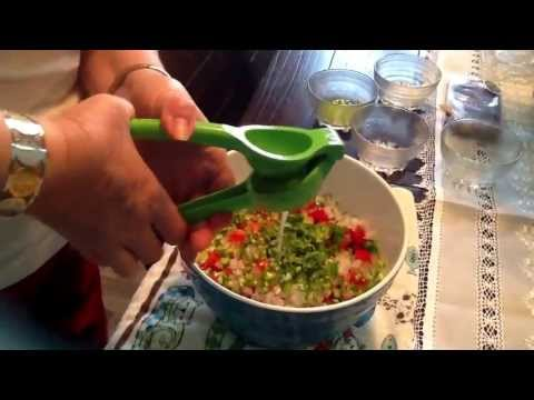 How to make awesomely AUTHENTIC Mexican Guacamole ;)