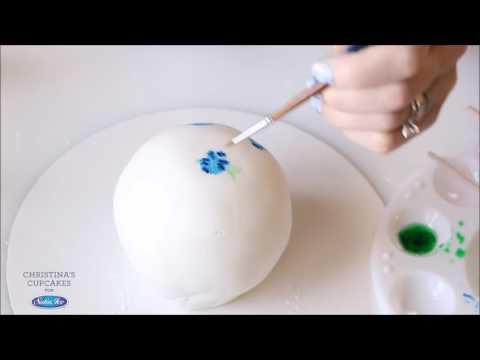 Christina's Cupcakes and Satin Ice - Fondant Covered Cake Ball