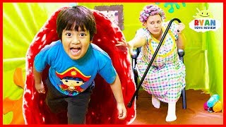 Ryan Escaping Grandma House Obby Maze Box Fort Challenge!!!