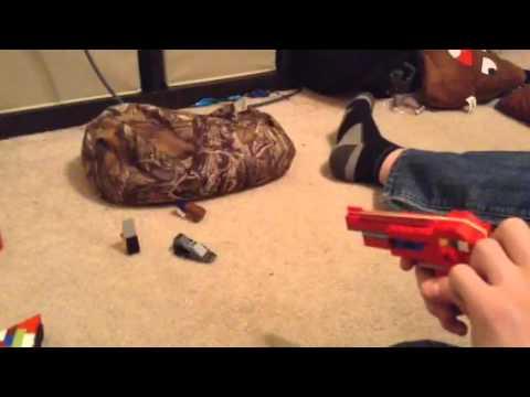 (Lego ray gun) that shoots