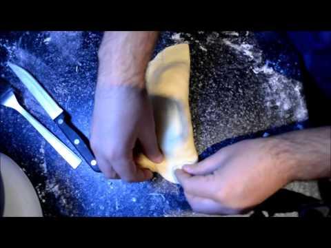 How to crimp a Cornish Pasty (proper job)
