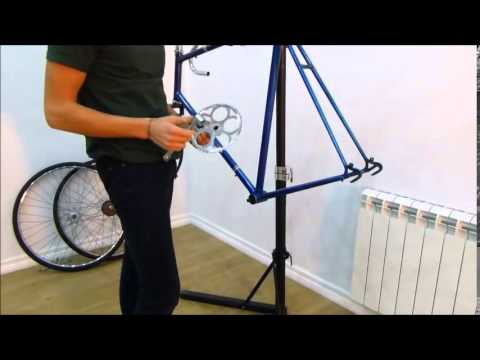 How to fit a bicycle fixie crankset