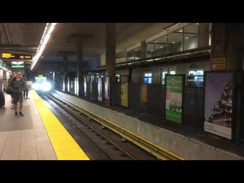 Vancouver Skytrain  Video 29 6 2017, 03 24 56