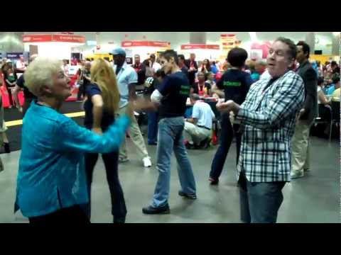 Flash Mob Dance at AARP Expo - Crest Pro-Health Clinical Gum Protection