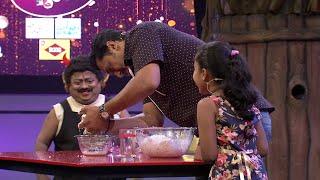 Kusruthi Kudumbam | How to squeeze  the Coconut milk ? | Mazhavil Manorama