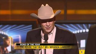 Download Miranda Lambert Wins Song of the Year For ″House That Built Me″ - ACM Awards 2011 Video
