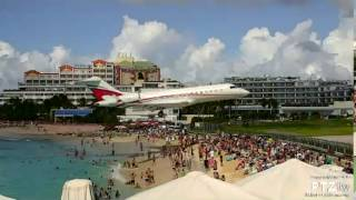 Private Jet Low Pass over Maho Beach SXM on 12/23/2016