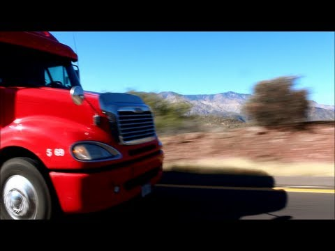 RoadSTAR Trucking Freightliner on Northbound I-17