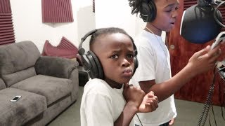 DEDE3X AND WOO MADE A SONG TODAY!!!