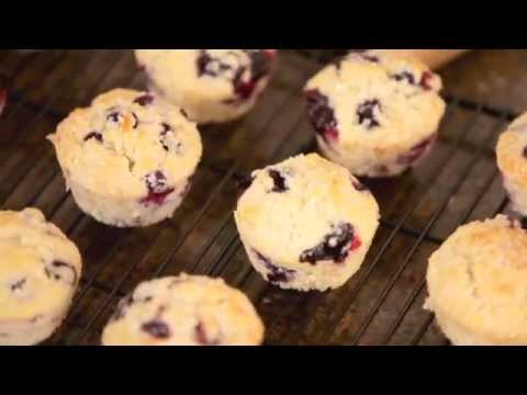 LEARN TO MAKE Blueberry Muffins