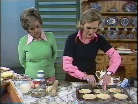 Mary Berry makes a custard tart   Cooking Retro Style   Good Afternoon
