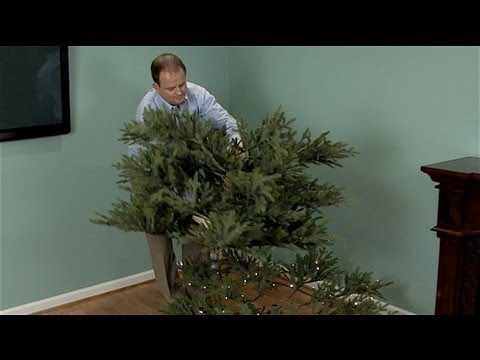 How to Take Down an Artificial Christmas Tree
