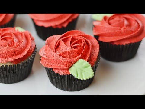 HOW TO MAKE ROSE CUPCAKES FOR VALENTINE'S DAY | SIMPLY DOVIE