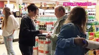 Lana Del Rey Signs Autographs For Fans At Vons Pavilions Grocery Store In West Hollywood 6.13.17