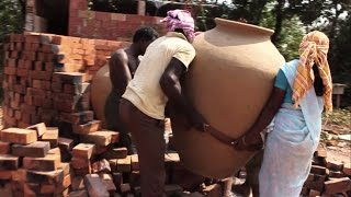 Download Making of big clay pots - Heating Process - Mankalam making Part 1 - Jeevanam Video