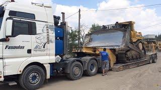 Transporting Cat D9R Dozer - Heavy Transports