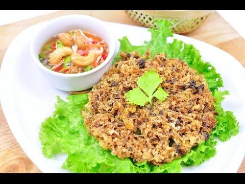 Crispy Catfish With Green Mango Salad - Yum Pha Duk Fu (ยำปลาดุกฟู)