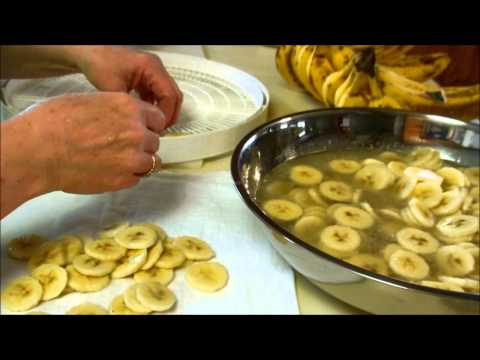 Dehydrating bananas and peels?