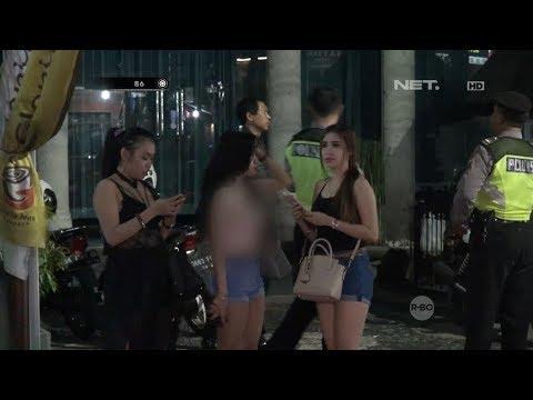 Xxx Mp4 3 Wanita Yang Sedang Berlibur Ini Kebingungan Saat Diperiksa Petugas 86 3gp Sex