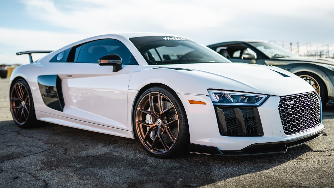 Building an Audi R8 in 10 Minutes!