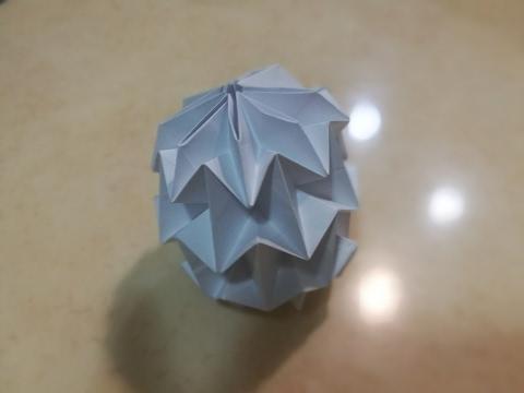 Easier way to make a Mini Magic Ball!!