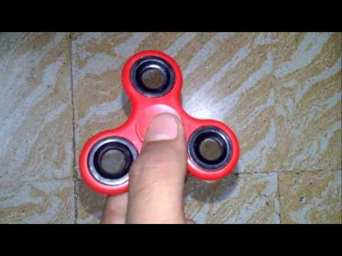 Unboxing a Fidget spinner (red)