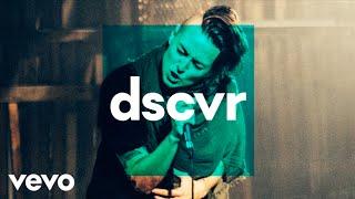 Torii Wolf - Shadows Crawl - Vevo dscvr (Live)