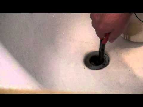 How to unclog a bathtub drain. VERY EASY! You can Do it!
