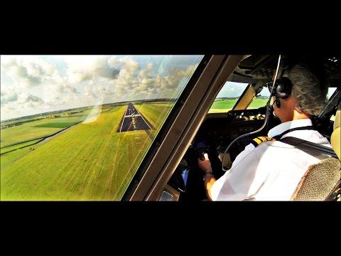 Captain's View - KLM Martinair B747-400 Landing Amsterdam