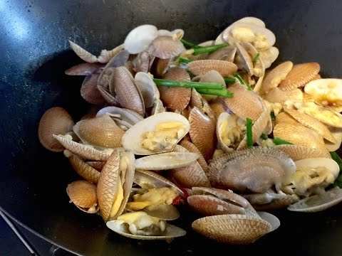 Stir Fry Garlic Clams Recipe (Lala) | 蒜炒啦啦 | Huang Kitchen