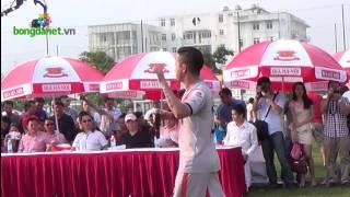 Ca sĩ Tuấn Hưng hát khai mạc giải HPL-S2