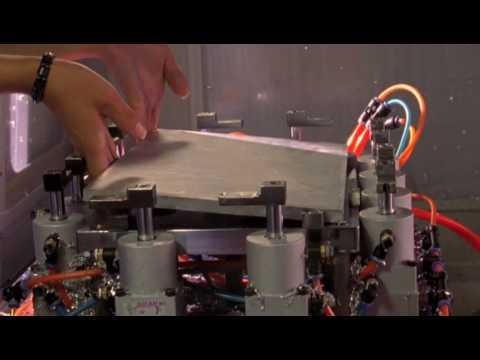 Apple MacBook Pro Aluminum Unibody Design Video