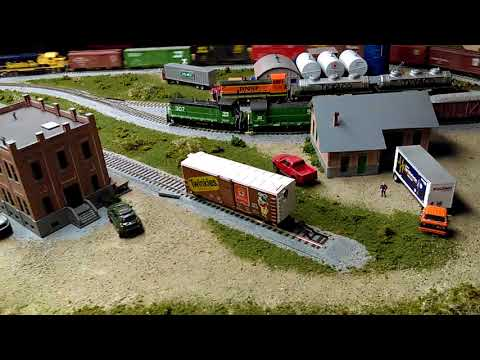 HO train 4x8 layout Kato track