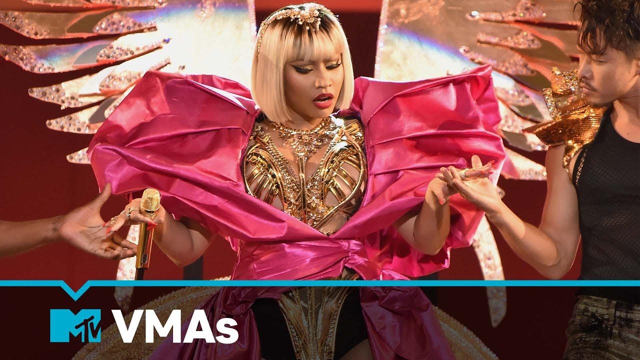 "Nicki Minaj Performs ""Majesty,"" ""Barbie Dreams,"" ""Ganja Burn,"" ""FeFe"" | MTV VMAs | Live Performance"