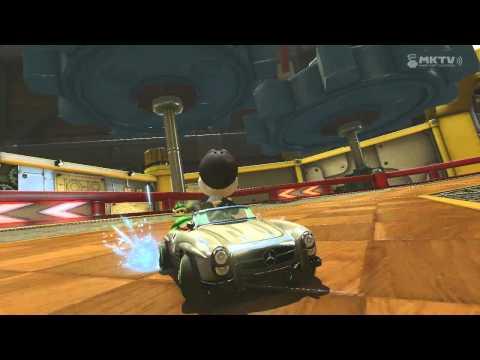 Wii U - Mario Kart 8 - (DS) Tick-Tock Clock