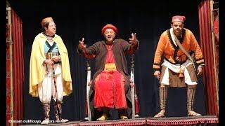#x202b;عرض مسرحية