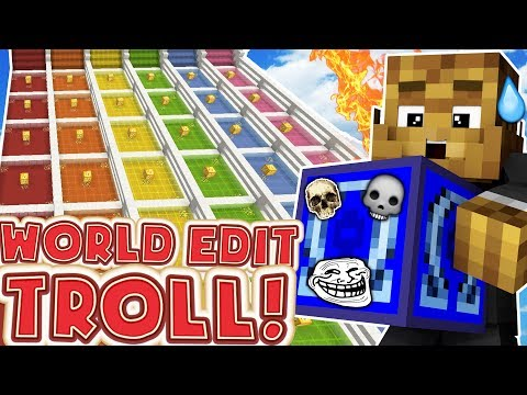 PRANKING EACHOTHER WITH WORLD EDIT - MINECRAFT LUCKY BLOCK RACE